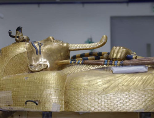 Prosegue il restauro del sarcofago di Tutankhamon