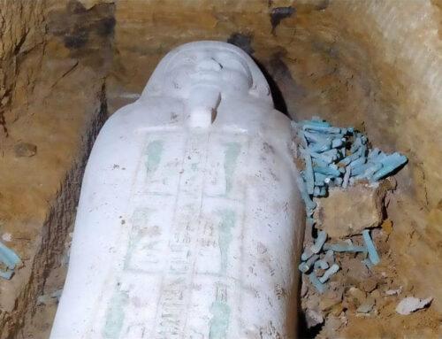 Scoperto sarcofago di pietra a Tuna el-Gebel